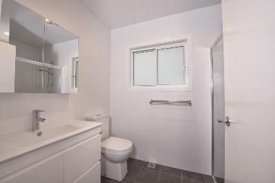 Bega Cottage Finished - Bathroom